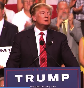 Donald Trump in Phoenix 7.11.15 courtesy of Fox 10 Phoenix