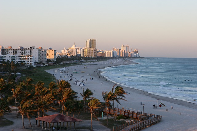 South Beach, 2006, the building I lived in was torn down and the white building you see first on the left as you go up the coast is now there. Probably a condo. The picnic area is what's left of South Pointe Park.